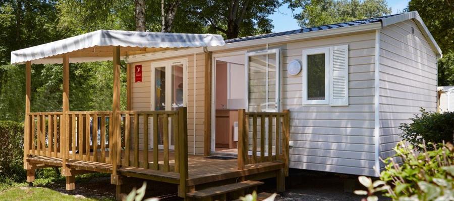 tous les types d 39 h bergements que l 39 on peut trouver dans un camping. Black Bedroom Furniture Sets. Home Design Ideas